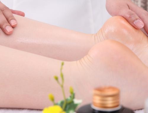 告別腳跟龜裂,只要3步驟用堅果油保養出光滑柔嫩的腳丫子